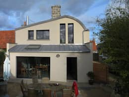 Réaménagement extension d'une longère Normande: Maisons de style de style Rustique par Frederic Mauret