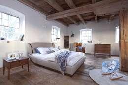 sypialnia Joy dąb chocolate: styl , w kategorii Sypialnia zaprojektowany przez Swarzędz Home