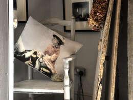 Original Little Bird: eklektik tarz tarz Oturma Odası