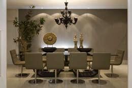 Residência AG: Salas de jantar modernas por Gláucia Britto