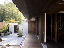縁側:       古津真一 翔設計工房一級建築士事務所が手掛けた家です。