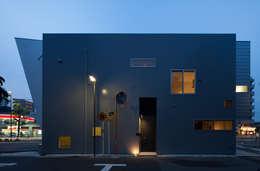 Дома в . Автор – 杉浦事務所