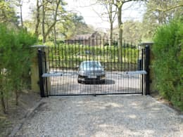 classic Garden by Portcullis Electric Gates
