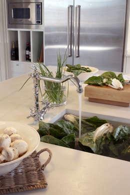 klasieke Keuken door DEULONDER arquitectura domestica