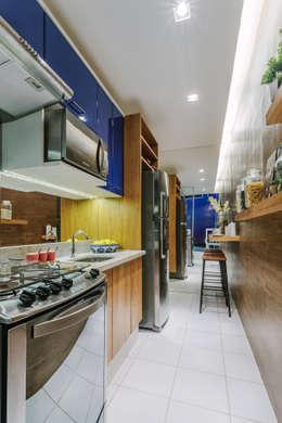 Apartamento Bela Vista: Cozinhas modernas por STUDIO LN