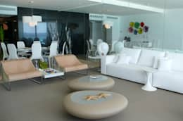 Emerald Residential Tower & Spa: Salas de estilo moderno por BAO