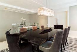 modern Dining room by KARINA KOETZLER arquitetura e interiores