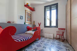 Chambre de garçon : Chambre d'enfant de style de style Moderne par Manilay Pluquailec