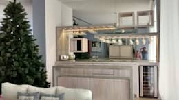 Barra de bar, con copero: Salas de estilo moderno por HO arquitectura de interiores