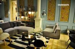 Projekty,  Salon zaprojektowane przez DARKHAUS