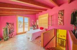 Projekty,  Sypialnia zaprojektowane przez Dolores Boix