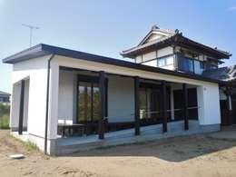 Дома в . Автор – 青戸信雄建築研究所