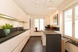 Küche : moderne Küche von archiall2 interiordesign