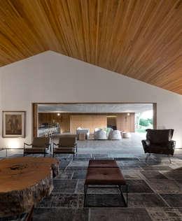 Studio MK27: modern tarz Oturma Odası