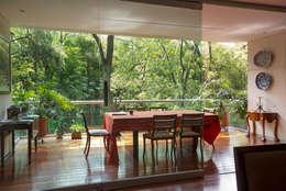:  de estilo  por Capitel Arquitectura