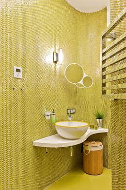 Квартира на Петровском острове в Санкт-Петербурге: Ванная комната в . Автор – Format A5 Fontanka