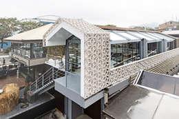 Casas de estilo minimalista por Concrete jungle