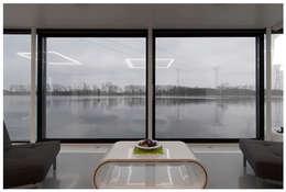 Domy na wodzie : styl , w kategorii Salon zaprojektowany przez floatinghouses