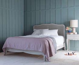 Dormitorios de estilo moderno por Loaf
