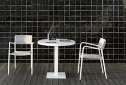 Collection Echo: Jardin de style de style Moderne par Manutti