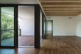 I vantaggi delle porte scorrevoli esterne - Alzare casa di un piano costi ...