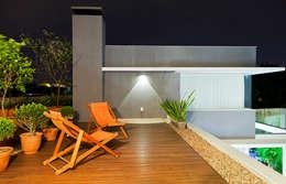 Terrazas de estilo  por ANDRÉ PACHECO ARQUITETURA