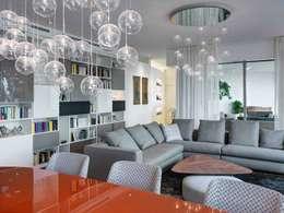 Salas / recibidores de estilo moderno por Studio Marco Piva