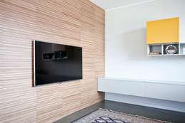 Projekty,  Salon zaprojektowane przez Semplicemente Legno