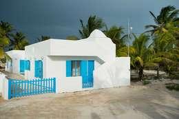 Casas de estilo mediterraneo por Arq Mobil