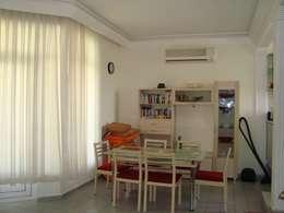 Comedores de estilo mediterraneo por Alanya Sunlife Real Estate & Constructions