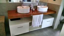Baños de estilo  por GANDIA ARQUITECTOS