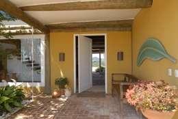 Casas de estilo rústico por Carmen Saraiva Arquitetura
