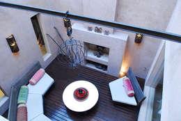 GALERIA : Livings de estilo moderno por JUNOR ARQUITECTOS