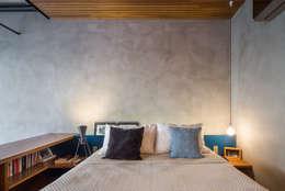 apto cobre/blue: Quartos  por Casa100 Arquitetura