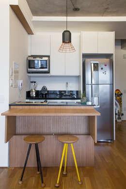 مطبخ تنفيذ Casa100 Arquitetura