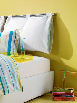 modern Bedroom تنفيذ OGGIONI - The Storage Bed Specialist