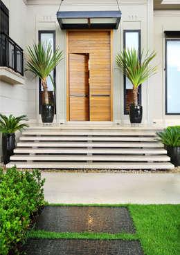 Palas telhados porta de casa para o proteger da chuva - Gradini in cemento per esterno ...