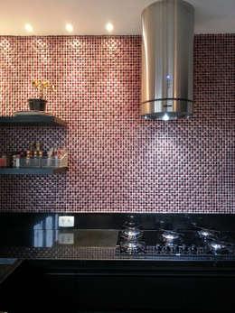 Cocinas de estilo moderno por Bloch Arquitetos Associados