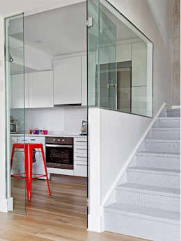 Pasillos y recibidores de estilo  por BELEN FERRANDIZ INTERIOR DESIGN