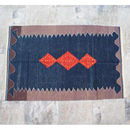 DJEM – Moroccan Kilims: rustik tarz tarz Duvar & Zemin