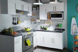 modern Kitchen by Idea Interior
