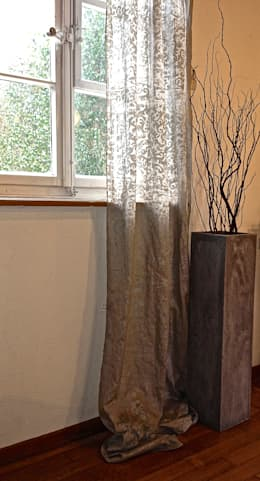 Vorhänge In Braun Und Beige. Silk Road Collection: Ausgefallene Wohnzimmer  Von Aquamarine Design