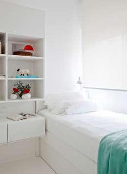 Reforma Apartamento Brooklyn: Quarto  por Estudio MB