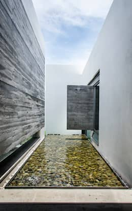 Casas de estilo moderno por homify