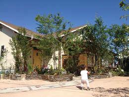 外観=庭: 株式会社粋の家が手掛けた家です。