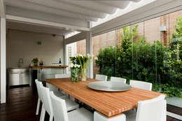 modern Dining room by Francesca Cirilli
