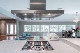 Dilido Island House-Miami 2: Cocinas de estilo moderno por Elías Arquitectura
