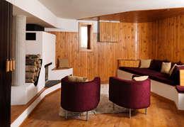 Livings de estilo rústico por Simon Gill Architects