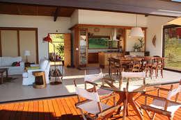 Comedores de estilo rural por Ambienta Arquitetura