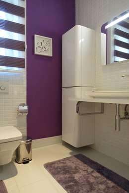 J.Design – Small bedroom: modern tarz Banyo